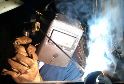 MEM05015D Weld using manual metal arc welding process